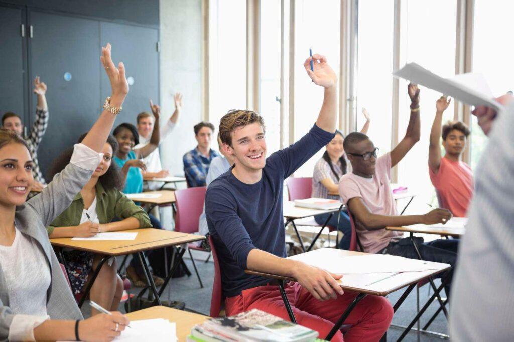 Immagine con studenti